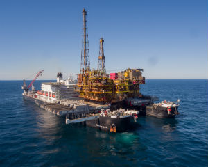 Pioneering Spirit completes record offshore lift - video - OE Digital